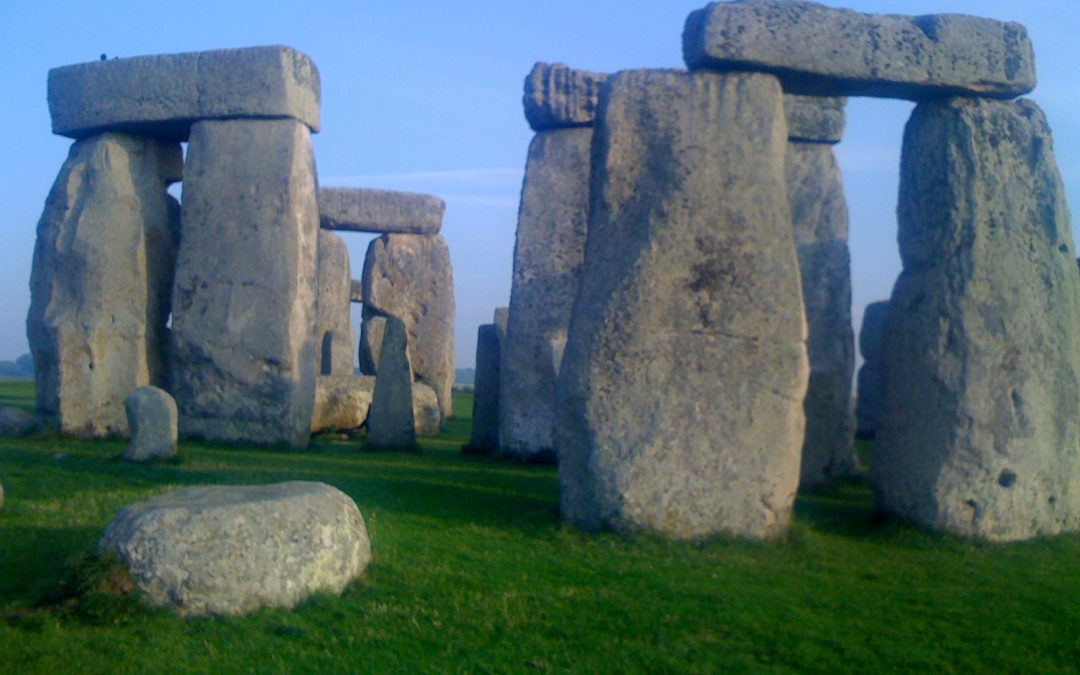STONEHENGE and SALISBURY CATHEDRAL – 9 HOURS